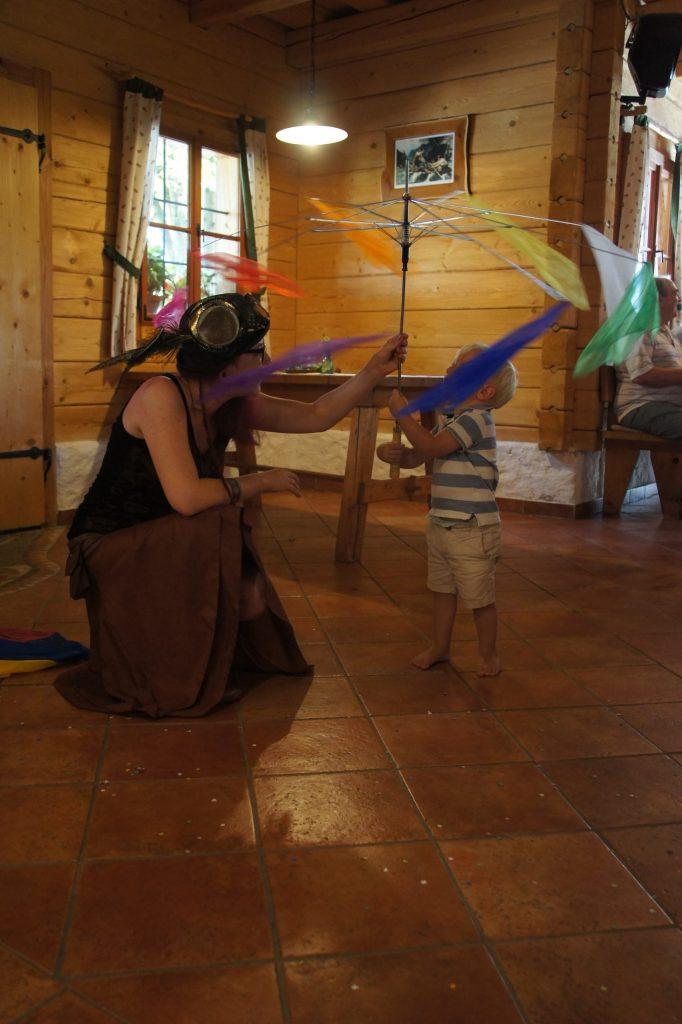 Zauberin mit Kind